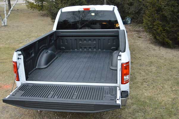 2015 to 2016 ford f 150 standard bed liner from dualliner. Black Bedroom Furniture Sets. Home Design Ideas