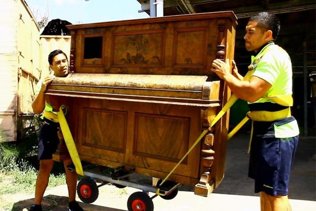 How to Move a Piano in a Pickup Truck